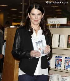 Lauren-Graham-New-Book-Someday-Someday-Maybe
